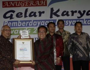 <strong>Sarihusada raih 3 penghargaan GKPM Award 2013</strong>