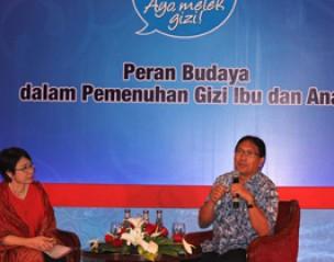 <strong>Bincang Gizi Nutritalk dengan Dr. Pinky Saptandari dan Prof Made Astawan</strong>